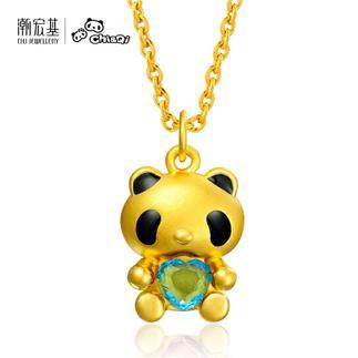潮宏基 熊猫宝宝 抱蓝水晶(无蝴蝶结) 3D硬金 黄金/足金吊坠