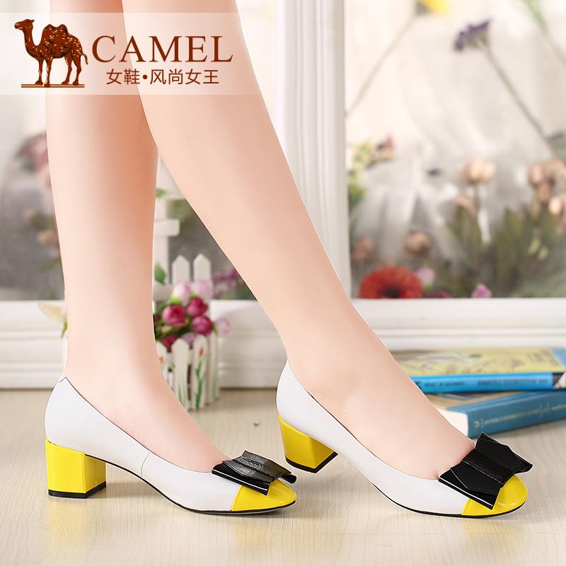 Camel骆驼女鞋 甜美休闲 圆头粗跟蝴蝶花饰羊皮中跟浅口单鞋