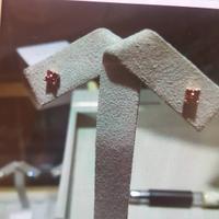 蒂爵宝石耳钉