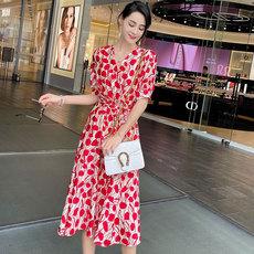 另兮2021超仙连衣裙 红色花瓣印花 时尚活力-020A102082